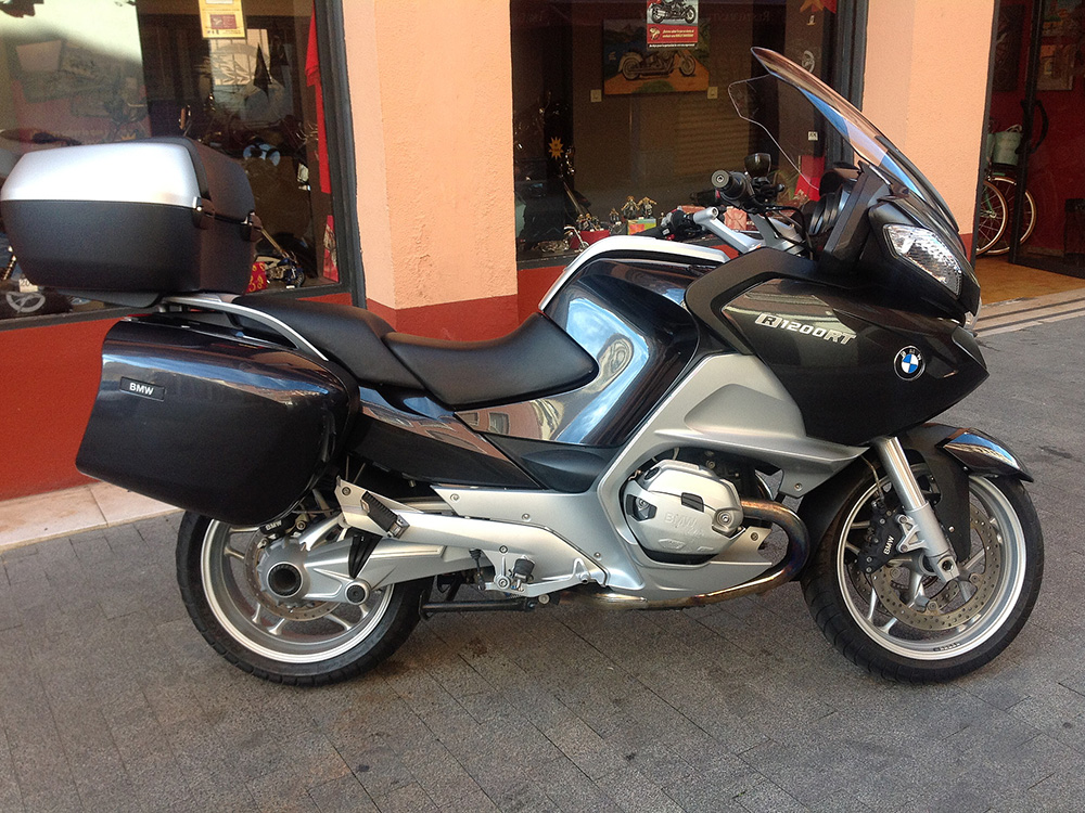 Camino en Motorcycle BMW R1200RT