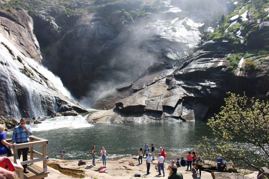 Ezaro waterfall Day tour from Santiago