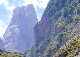 En unik vandring på egen hand i Picos de Europa