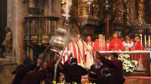 Pilgrimsmässa och Botafumeiro